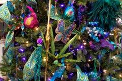 Ornamenti dell'albero di festa di Natale Fotografia Stock Libera da Diritti