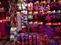 Ornamenti di Natale da vendere Fotografie Stock