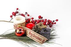 Ornamenti di natale sfere Giocattoli Il Babbo Natale; Candele; Regali; Fotografia Stock