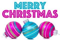 Ornamenti di Natale su fondo bianco con Fotografia Stock