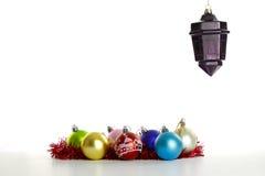 Ornamenti di Natale sul bianco Fotografia Stock