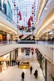 Ornamenti e decorazioni della metropoli del centro commerciale per la HOL Fotografia Stock