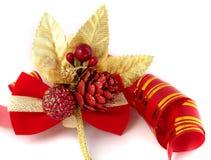 Ornamenti e nastro di natale Fotografia Stock