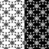 Ornamenti floreali in bianco e nero Insieme degli ambiti di provenienza senza giunte Immagine Stock Libera da Diritti