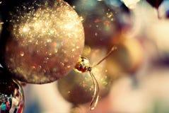 Ornamenti luccicanti di Natale Immagine Stock Libera da Diritti