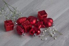 Ornamenti rossi di natale Fotografia Stock Libera da Diritti