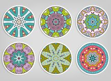 Ornamenti rotondi decorativi messi, elementi isolati di progettazione fotografia stock libera da diritti