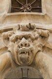Ornamento barroco hermoso del mascaron del palacio de Beneventano en la ciudad vieja de Scicli, Sicilia, Italia imagenes de archivo