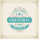 Ornamento d'annata di Buon Natale su fondo di carta Immagini Stock Libere da Diritti