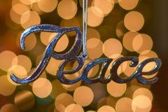 Ornamento d'argento di Natale di pace Fotografie Stock Libere da Diritti