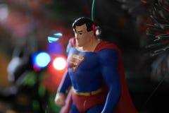 Ornamento da árvore de Natal do superman, acima de próximo e de pessoal imagem de stock