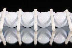 Ornamento das bolas de golfe e dos cigarros Foto de Stock Royalty Free