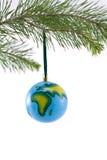 Ornamento de la Navidad del globo que muestra África y Europa Imágenes de archivo libres de regalías