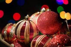 Ornamento de la Navidad en una caja de almacenamiento Imágenes de archivo libres de regalías