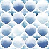 Ornamento de Morrocan de colores azules en el fondo blanco Modelo inconsútil de la acuarela Orilla y Airy Blue Imagen de archivo libre de regalías