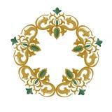 Ornamento decorativo con gli elementi medievali tradizionali su bianco isolato Immagini Stock Libere da Diritti