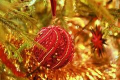 Ornamento della palla di Natale fotografia stock