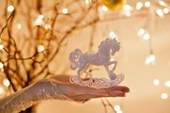 Ornamento do cavalo de balanço do Natal Foto de Stock
