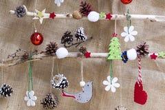 Ornamento do Natal com plantas naturais fotos de stock
