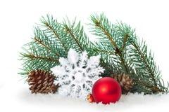 Ornamento do Natal na árvore de Natal com quinquilharias Imagem de Stock