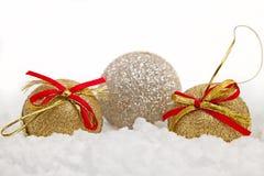 Ornamento do Natal na neve Foto de Stock