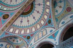 Ornamento en la bóveda de la mezquita azul en Manavgat, Turquía foto de archivo