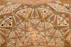 Ornamento hermoso en la pared del palacio en Amber Fort en Jaipur Foto de archivo libre de regalías