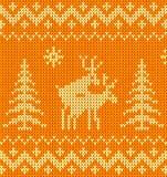 Ornamento lavorato a maglia arancione scherzoso con i deers Immagini Stock