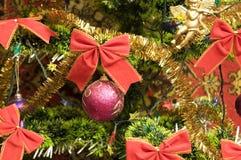 Ornamento na árvore de Natal Imagem de Stock Royalty Free