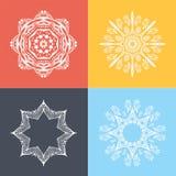 Ornamento quatro circular bonito em um fundo colorido mandala Flores estilizados Islã, árabe, indiano, motivos do otomano Fotos de Stock