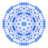 Ornamento redondo indio, estampado de flores caleidoscópico, mandala Diseño hecho en el estilo y los colores rusos del gzhel Fotografía de archivo libre de regalías