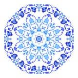 Ornamento redondo indio, estampado de flores caleidoscópico, mandala Diseño hecho en el estilo y los colores rusos del gzhel Imágenes de archivo libres de regalías