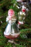 Ornamento retros na árvore de Natal Fotografia de Stock Royalty Free