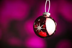 Ornamento roxo do Natal Imagem de Stock Royalty Free