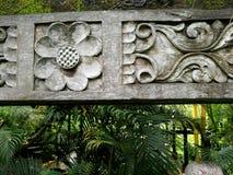 Ornamento tallado piedra del jardín del Balinese Fotografía de archivo
