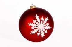 Ornamento vermelho do floco de neve fotografia de stock