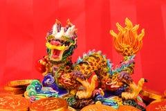 Ornamentos chinos del Año Nuevo--Dragón tradicional del baile, Fotografía de archivo libre de regalías