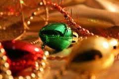 Ornamentos de la luz de la Navidad foto de archivo