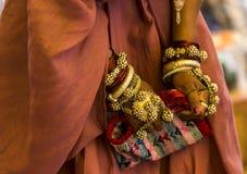 Ornamentos de la muchacha tribal Fotografía de archivo libre de regalías