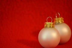 Ornamentos de la Navidad blanca Imagen de archivo libre de regalías
