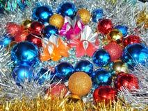 Ornamentos de la Navidad, decoraciones, aún vida, fondo, composición Imagen de archivo