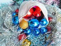 Ornamentos de la Navidad, decoraciones, aún vida, fondo, composición Imagenes de archivo