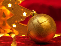 Ornamentos de la Navidad en rojo Imagen de archivo