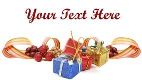 Ornamentos de la Navidad o del Año Nuevo en blanco Imagenes de archivo