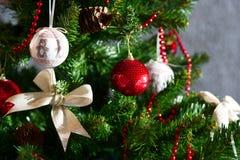 Ornamentos del árbol de navidad Imagen de archivo libre de regalías