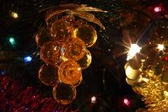 Ornamentos del árbol de navidad, iluminaciones Imagenes de archivo