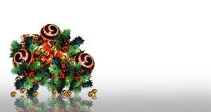 Ornamentos del acebo de la Navidad Fotografía de archivo