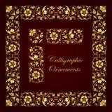 Ornamentos, esquinas, fronteras y marcos caligráficos decorativos de oro para la decoración y el diseño de la página Foto de archivo libre de regalías