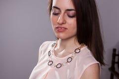 Ornamentos, joyería del ` s de las mujeres, pendientes, colgantes Fotos de archivo