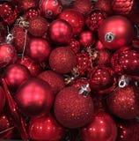 Ornamentos rojos del árbol de navidad Imagen de archivo